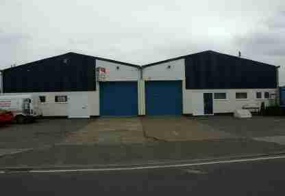 Newcombe Road is situated within the Beach Industrial Area, approximately 1/2 mile north of Lowestoft town centre. The area is characterised by a number of trade/retail outlets, being adjacent to Rushmere diy and Thrifty Car Rental. Twin-bay warehouse having a ground floor of 1, 260 sq.M. (13, 563 .) and 4.5m. Eaves. EPC ratings: G&D.