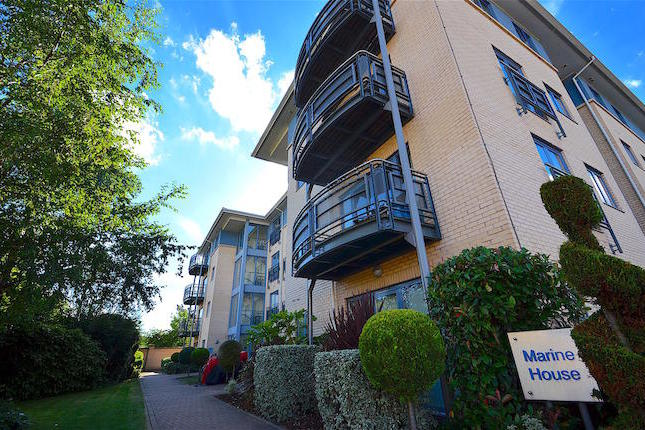 A beautifully well presented two double bedroom top floor apartment in the highly sought after Castle Quay Development.Benefiting from two double bedrooms, a family bathroom, large living space with balcony, open plan kitchen with appliances and secure allocated car parking.Viewing essential