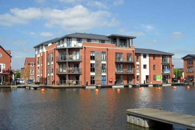This modern apartment is situated on the second floor of the newly built Waters Edge development by Messrs Barratt Homes. Being located close to Stourport on Severn town centre, its amenities and offers easy access to the main road networks. Having been well cared for the accommodation on offer comprises an entrance hall, bedroom, shower room and an open plan living, dining and kitchen area. Benefitting from double glazing, electric heating and allocated parking. Viewing is recommended to appreciate the apartment on offer which is available with no upward chain. EPC band C.