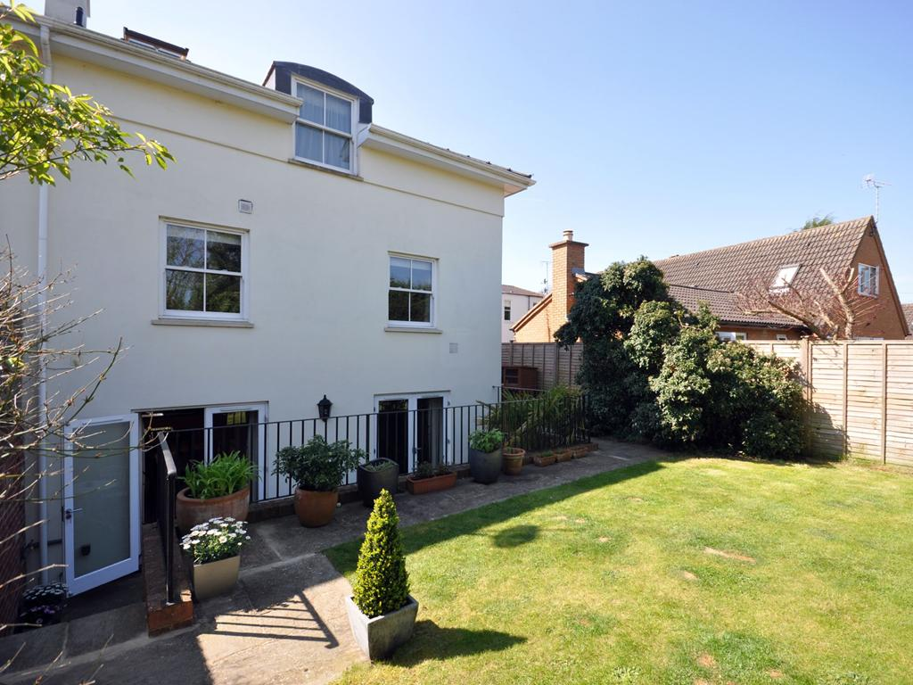 4 Bedroom End Terrace Town House For Sale In Cheltenham