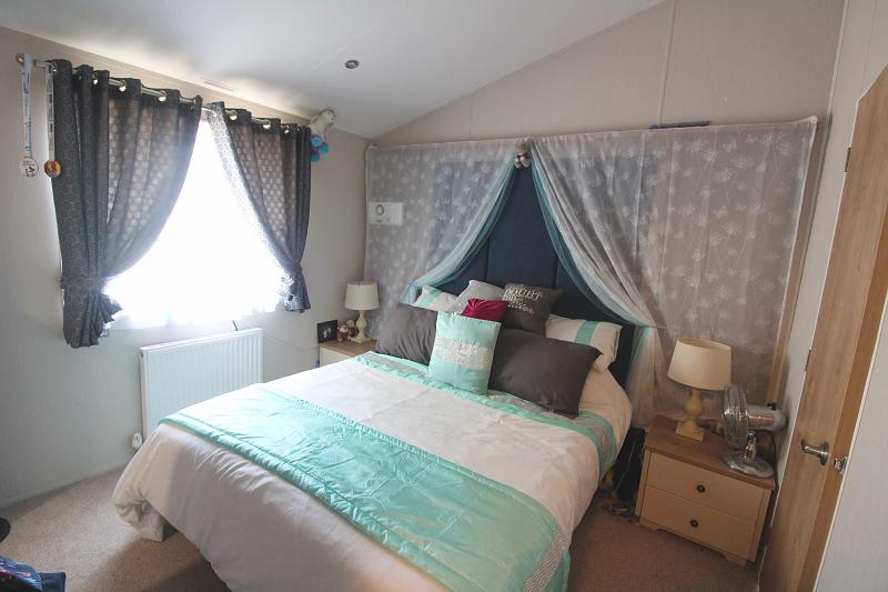 2 Bedroom Detached For Sale In Great Yarmouth Nr31