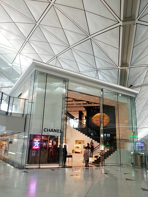 6b0d4c272a Ten new fashion brands at HKIA including Chanel and Balenciaga ...